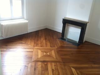 renover son parquet comment cirer ou huiler un parquet with renover son parquet affordable. Black Bedroom Furniture Sets. Home Design Ideas